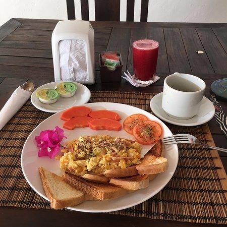Playa Tranquilo: Una buona colazione