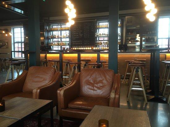 ... .jpg - Picture of E.C. Dahls Pub og Kjokken, Trondheim - TripAdvisor