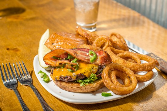 Quandary Grille: Try our delicious burgers