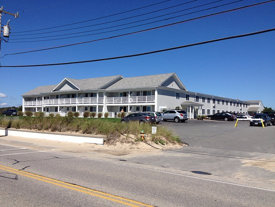 InnSeason Resorts Surfside: One of 3 building at Surfside Resort