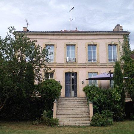 Chateau De Grenier