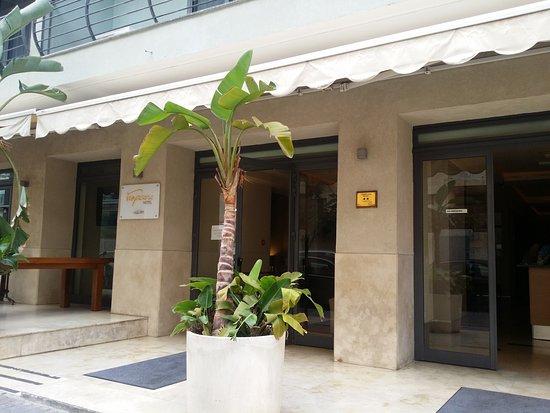 Tropicana Hotel Photo