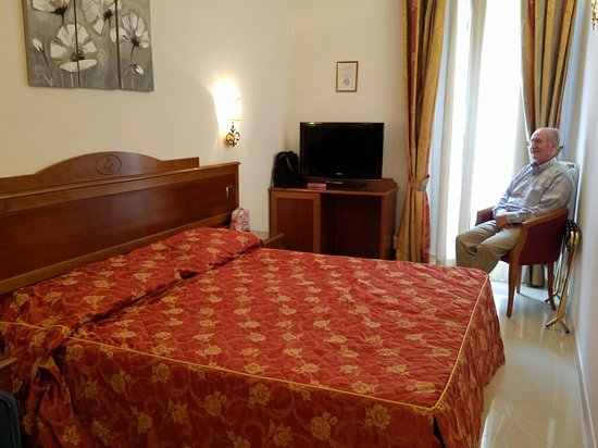 Hotel San Carlo: 20160907_131529_large.jpg