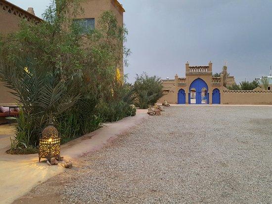 Ksar Bicha: Qualche foto tra locale cibo e piscina