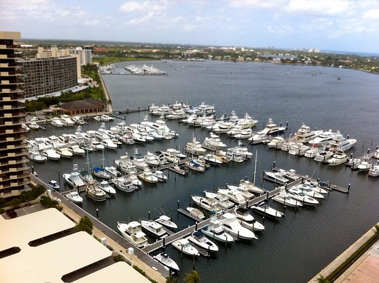 Lakeshore Dr  North Palm Beach Fl United States