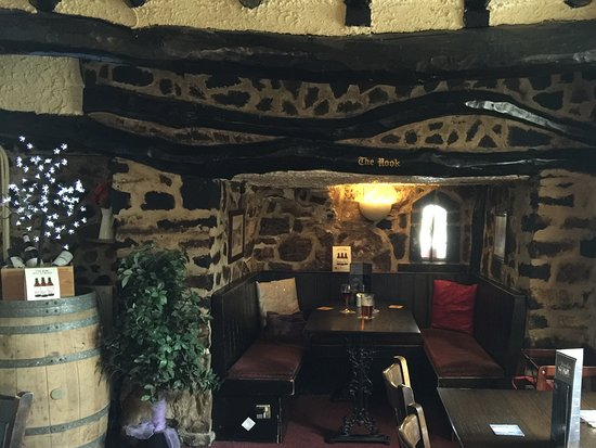 The Travellers Rest Pub & Restaurant: A nice little nook and cool on a warm day outside.