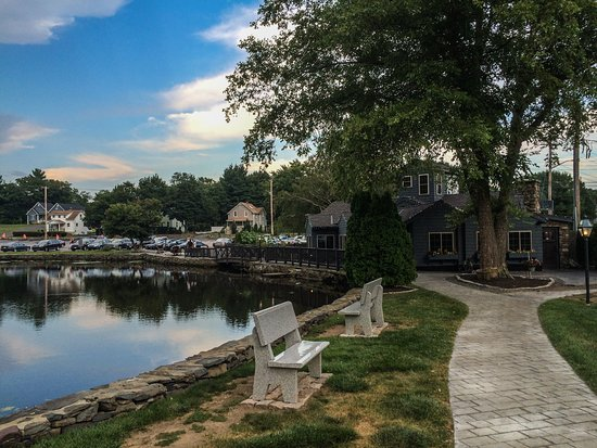 Seekonk, MA: Looking back towards the Old Grist Mill