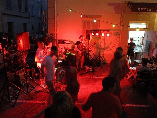 Figanieres, Frankrike: une soirée musicale