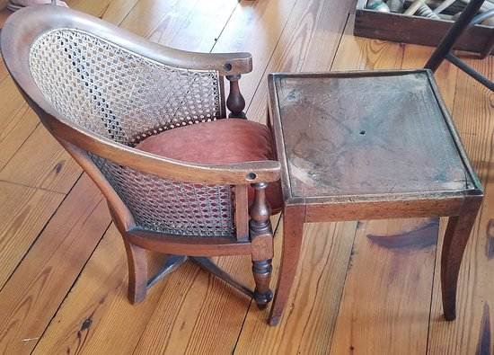 Greensboro, NC: Child's table and chair