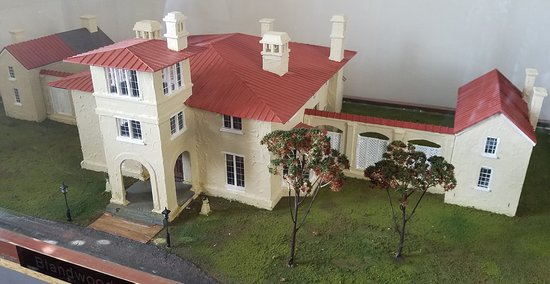Greensboro, NC: Model of the house and dependencies