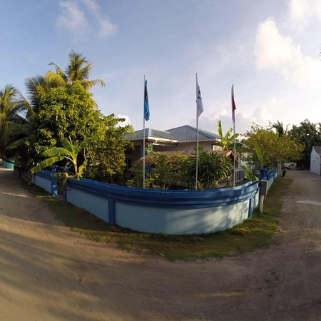 TGI Dhiffushi Diving Academy