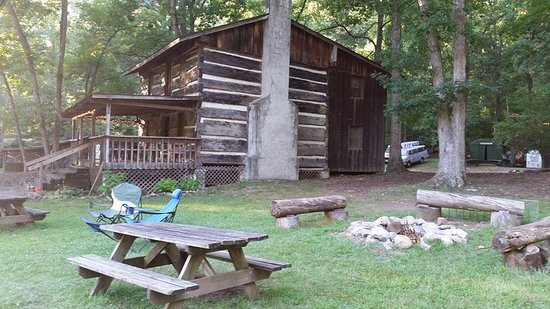 Erwin, TN: Crockett Cabin
