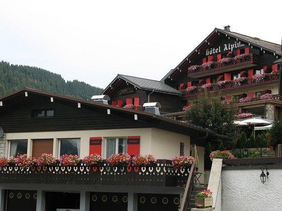 写真Chalet-Hotel Alpina枚