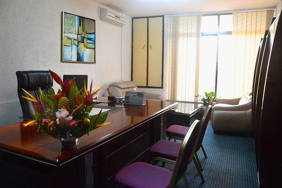 Bureau pour les clients picture of hotel eda oba lome tripadvisor