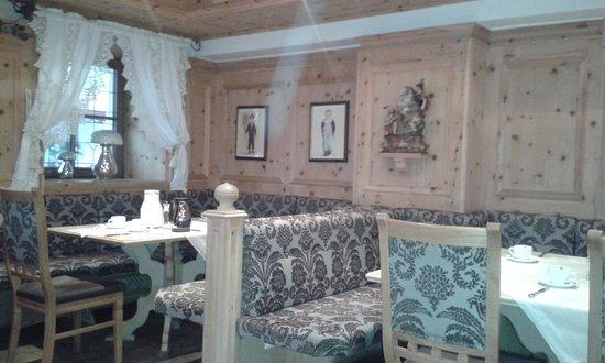 Hotel Bierwirt: Dining/breakfast area