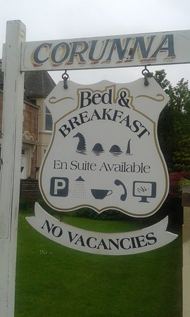 Corunna Bed & Breakfast: You can't miss us!