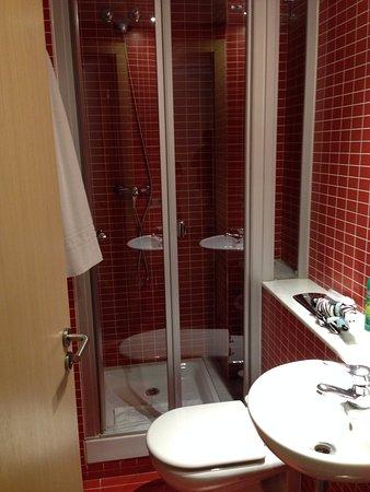 Apartments Casp74: smaller bathroom