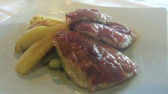 La Tosca: Veal with parma ham