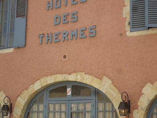 Castera-Verduzan, Frankrike: une des façades