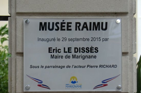 Marignane, France : Plaque commémorative de l'inauguration