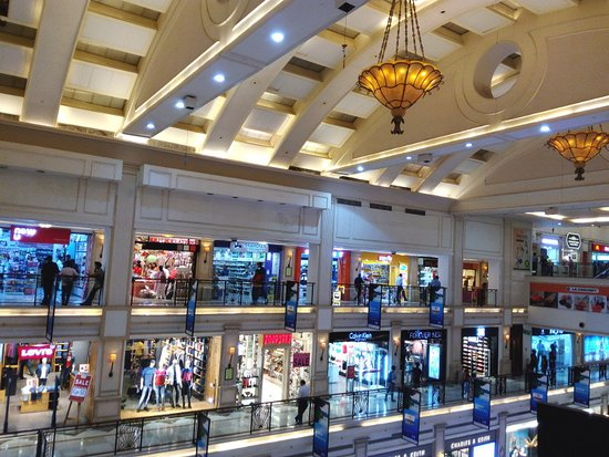 DLF Promenade Mall: An overview fo the place, showing the three floors, and the exquisite ceiling