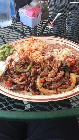 Guadalajara Grill: Beef Fajitas