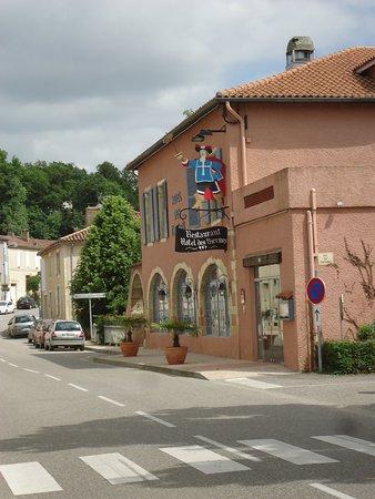 Castera-Verduzan, Frankrike: la façade