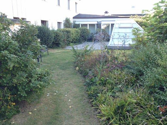 Hotel Garden: Giardino in terrazza