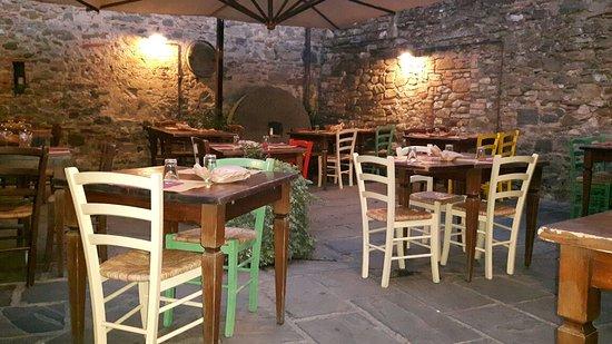 Ambra, Italia: 20160907_195040_large.jpg