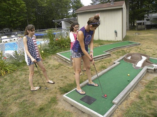 Buckley, MI: mini golf