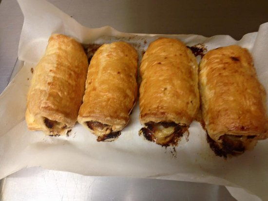 Rice Lake, WI: sausage rolls
