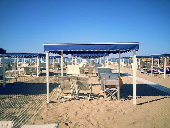 Bagno grazia marina di pietrasanta italy top tips - Bagno roma marina di pietrasanta ...