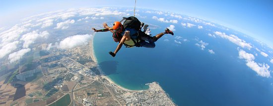 Акр, Израиль: Skydive Shomerat | הצנחניה