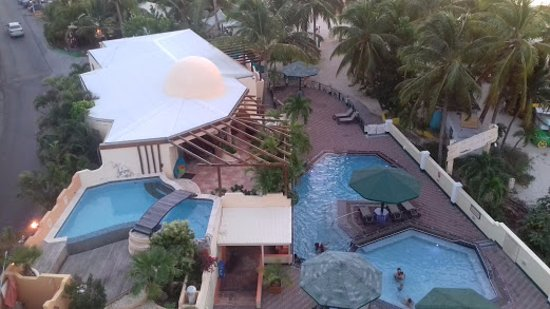 Atrium Beach Resort and Spa Resmi