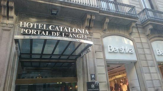 Frukostpaviljongen Picture Of Catalonia Portal De L Angel