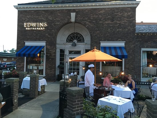 Edwins Restaurant Front Of Edwin S Facing Shaker Square