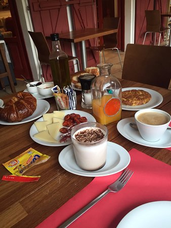Arrobi Borda: desayuno