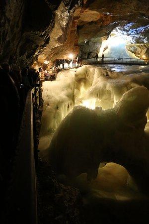 อัปเปอร์ออสเตรีย, ออสเตรีย: Big scale ice