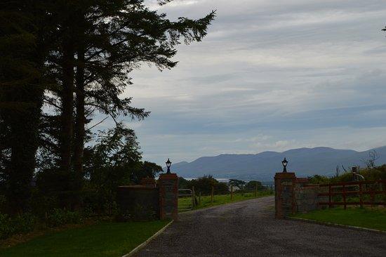 Milltown, أيرلندا: Blick vom Haus auf die Dingle-Halbinsel