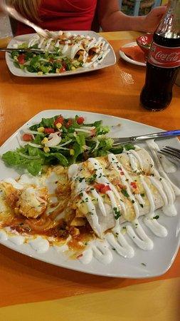 Cactus Restaurant: 20160907_232143_large.jpg