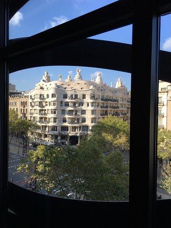 Suites Avenue: View