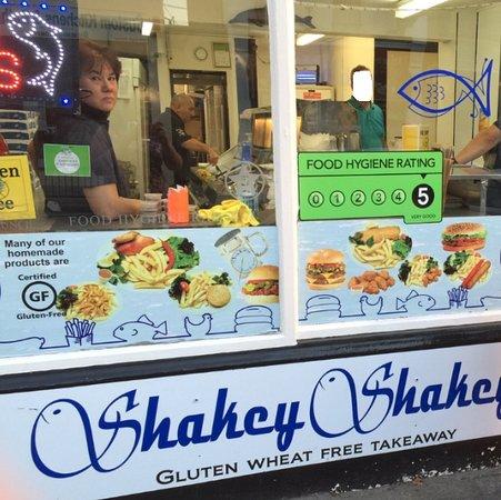 Shakey Shakey: Outside of shop