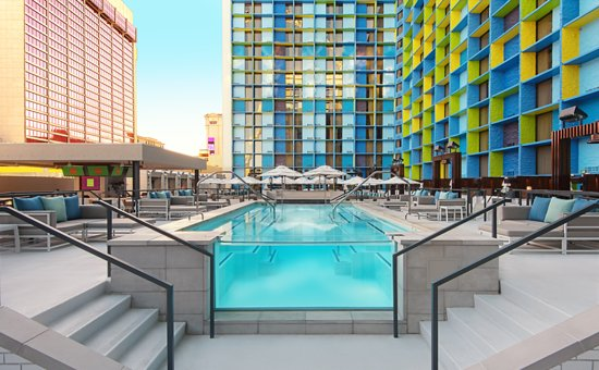 The Linq Hotel Pool At Req Room
