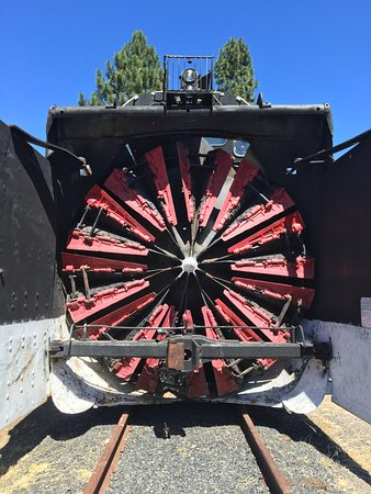 Train Mountain Railroad Museum: Snowblower