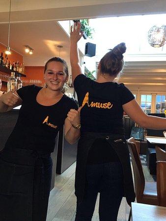 Breskens, Países Bajos: Nieuwe shirts en 2 meiden van ons topteam!