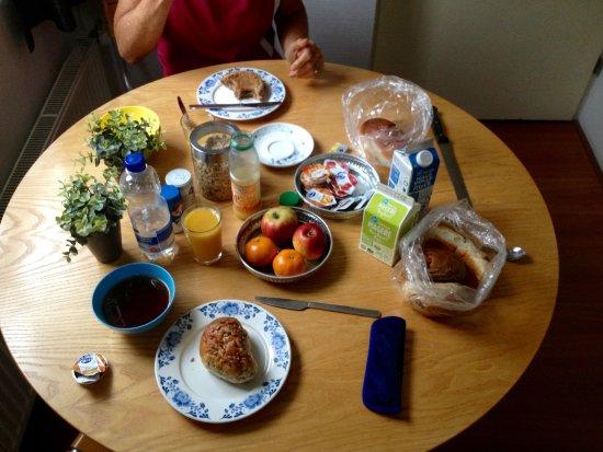 Blom aan de Gracht: Holländisches Frühstück aus dem Kühlschrank