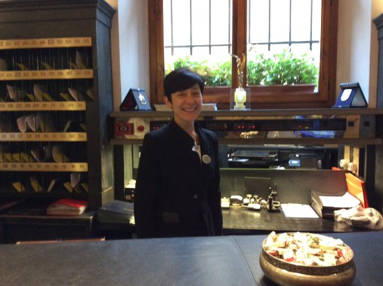 Hotel Rivoli: Francesca at the Frount Desk. Very professional and personable! Thank you Francesca!