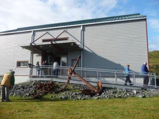 Unalaska, AK: Entrance area