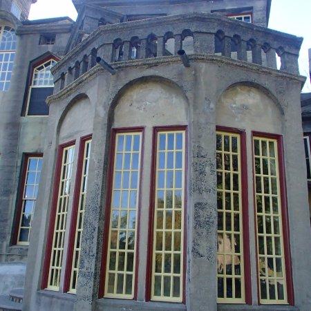 Fonthill: windows