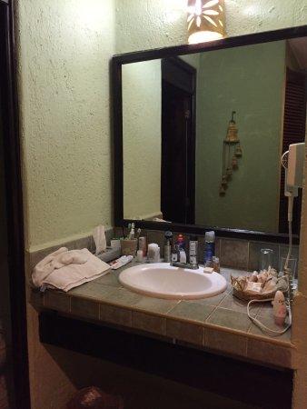 """Aventura Mexicana: Faltou um espelho """"de corpo inteiro"""" no quarto"""